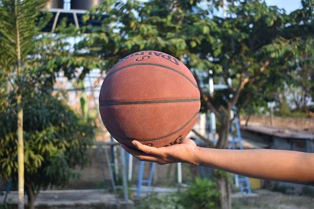 Beat The Shot Clock By Trying These Basketball Tips!