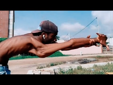 How Many Double Joints Does This Contortionist Have? | Best Of The Week